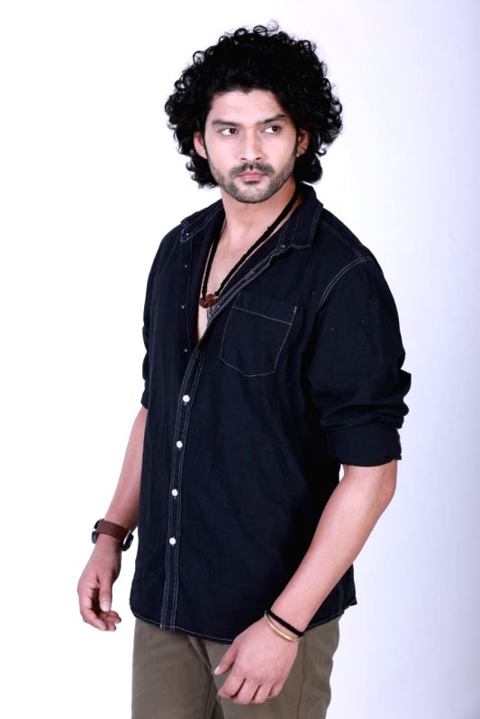 TV star Aditya Redij on what drew him to role in 'Bawara Dil'
