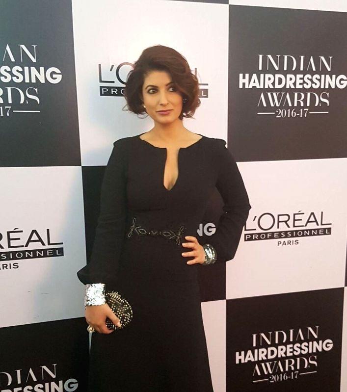 Twinkle Khanna To Endorse Salon Hair Brand