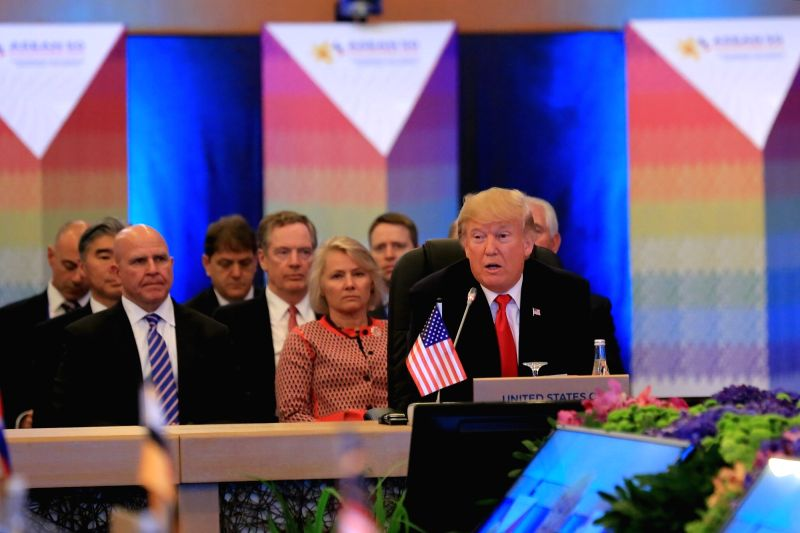 Trump bonds with Duterte at Asean Summit, rights 'mentioned briefly' (Lead)