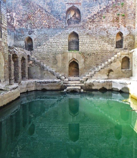 Ujala baoli, in the ancient fort city of Mandu, in Madhya Pradesh. (Late 15 th /early 16 th century) Photo: (Victoria Lautman)