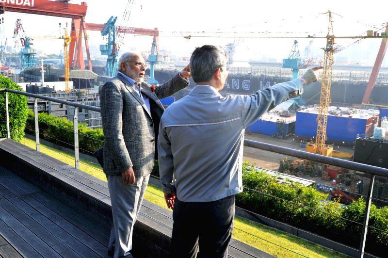 Prime Minister Narendra Modi visits the Hyundai Heavy Industries Shipyard, in Ulsan, South Korea on May 19, 2015. Also seen Hyundai Heavy Industries, Chairman, Choi Kil-seon. - Narendra Modi