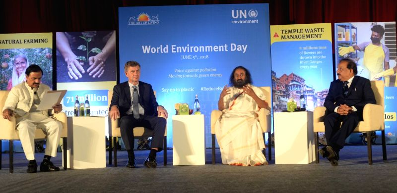 Union Environment, Forest and Climate Change Minister Harsh Vardhan and Union MoS Tourism and Culture Mahesh Sharma with United Nations (UN) Environment Head Erik Solheim and Art of Living ... - Harsh Vardhan and Mahesh Sharma