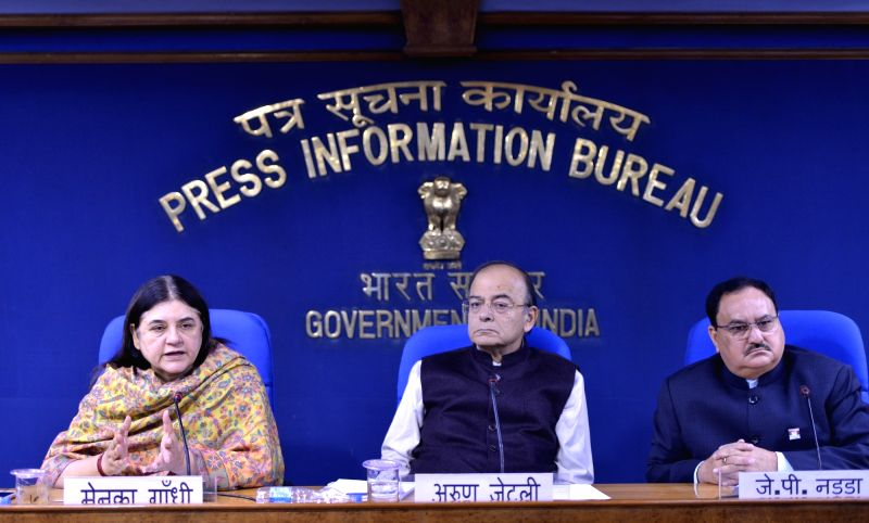 Union Finance Minister Arun Jaitley and Union Women and Child Development Maneka Gandhi during a press conference in New Delhi on Dec 1, 2017. - Arun Jaitley and Development Maneka Gandhi