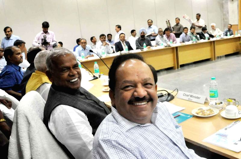 Union Health Minister Harsh Vardhan and Bihar Chief Minister Jitan Ram Majhi during a meeting in Patna on Sept 2, 2014.