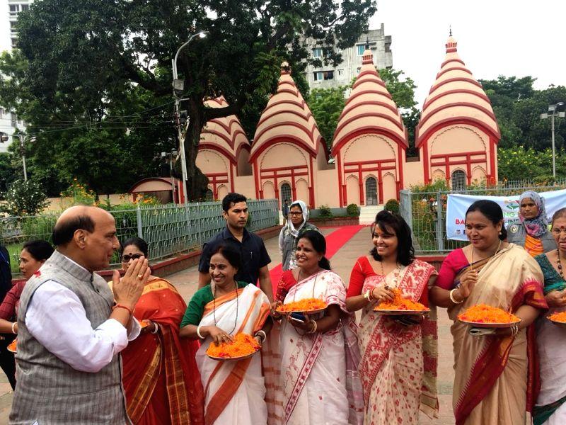 Union Home Minister Rajnath Singh during his visit to the Dhakeshwari Temple, in Dhaka on July 15, 2018. - Rajnath Singh