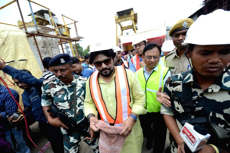 Union Minister Babul Supriyo visits the site where the tunnel boring machine is moving forward while constructing the East-West Metro tunnel under the Ganga river bed in Howrah on April 17, ... - Babul Supriyo