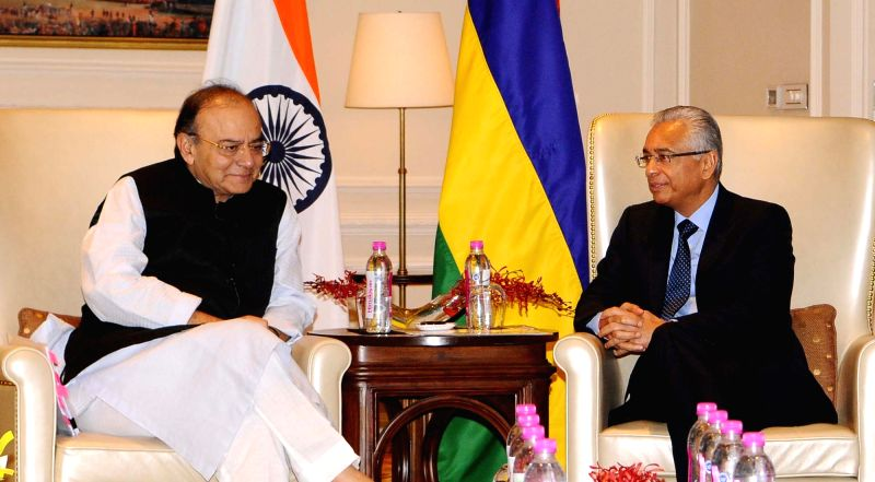 Union Minister for Finance, Corporate Affairs and Defence Arun Jaitley during a meeting with Mauritian Prime Minister Pravind Kumar Jugnauth, in New Delhi on May 27, 2017. - Pravind Kumar Jugnauth and Arun Jaitley