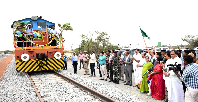 Union Minister for Road Transport and Highways and Shipping Nitin Gadkari flaggs off the rail connectivity to the container and multi terminal cargos at the Kamarajar Port Limited in Chennai ...