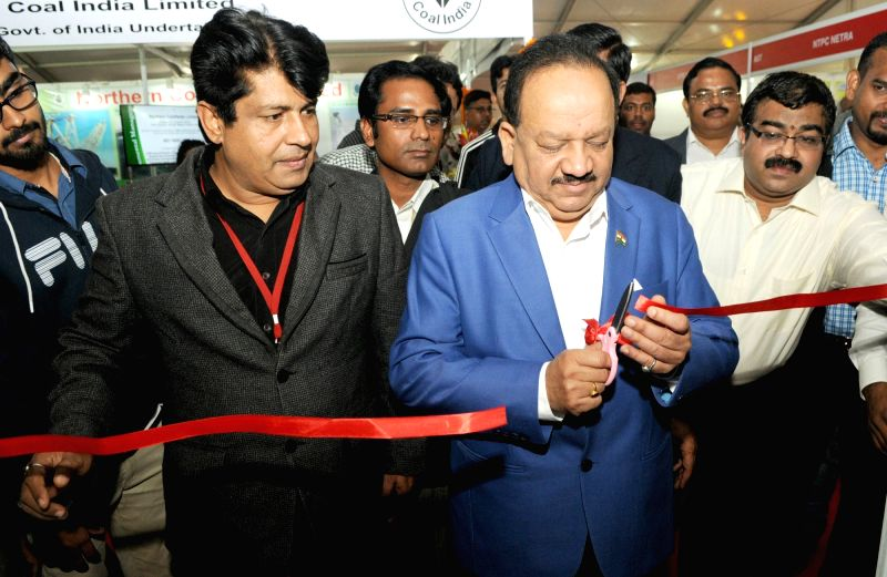 Union Minister for Science and Technology and Earth Sciences, Dr. Harsh Vardhan inaugurates the Technology and Industry Expo, at the India International Science Festival (IISF), in New ...