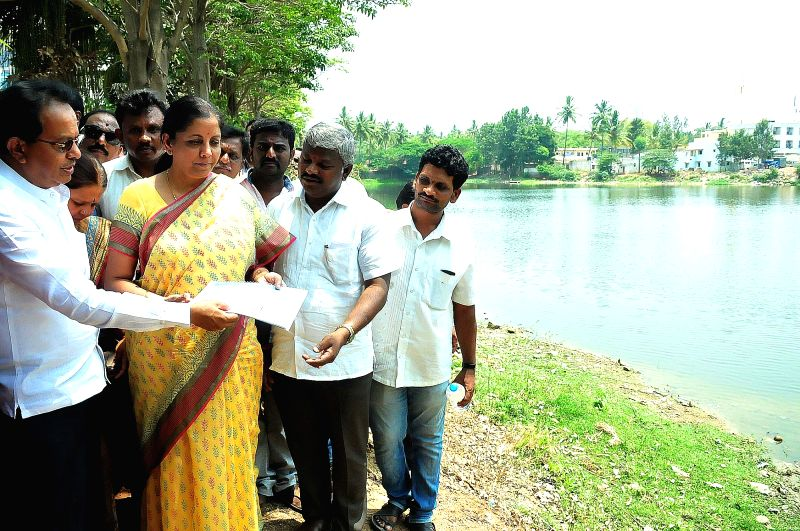 Union Minister of State for Commerce & Industry Nirmala Sitharaman inspectes Kalena Agrahara Lake at Bannerghatta Road and adopted the Kalena Agrahara lake for rejuvenation and ...