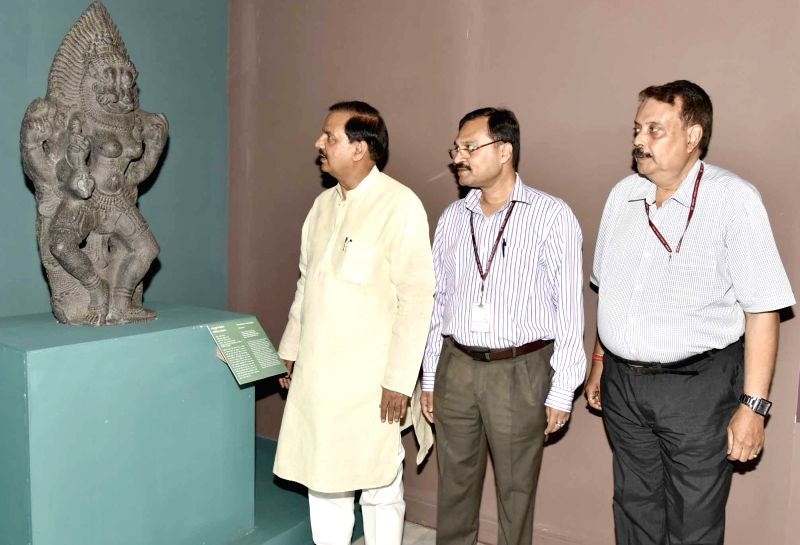 "Union Minister of State for Culture and Tourism Dr. Mahesh Sharma during inauguration of an exhibition on ""Return of the three stone sculptures"" from Australia, the exhibition is ... - Mahesh Sharma"