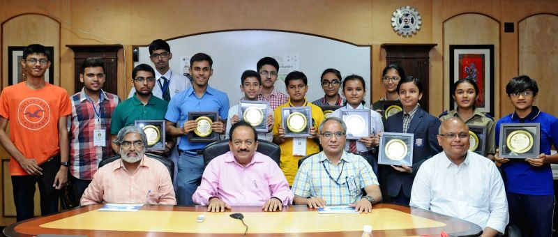 Union Minister Science & Technology Minister Dr. Harsh Vardhan during a programme organised to felicitate winners of science competitions in New Delhi on June 14, 2017. - Science