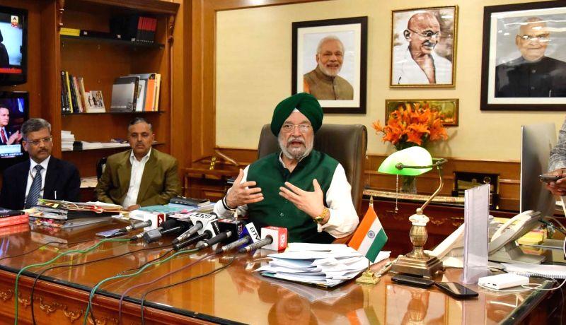 Union MoS for Housing and Urban Affairs (I/C) Hardeep Singh Puri addresses a press conference in New Delhi on Jan 31, 2018. - Hardeep Singh Puri