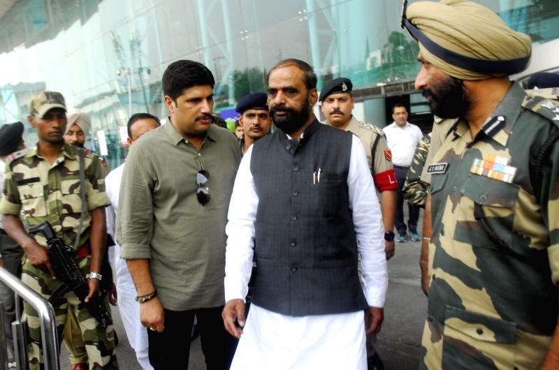 Union MoS Home Affairs Hansraj Gangaram Ahir arrives at Amritsar Airport on May 25, 2017.