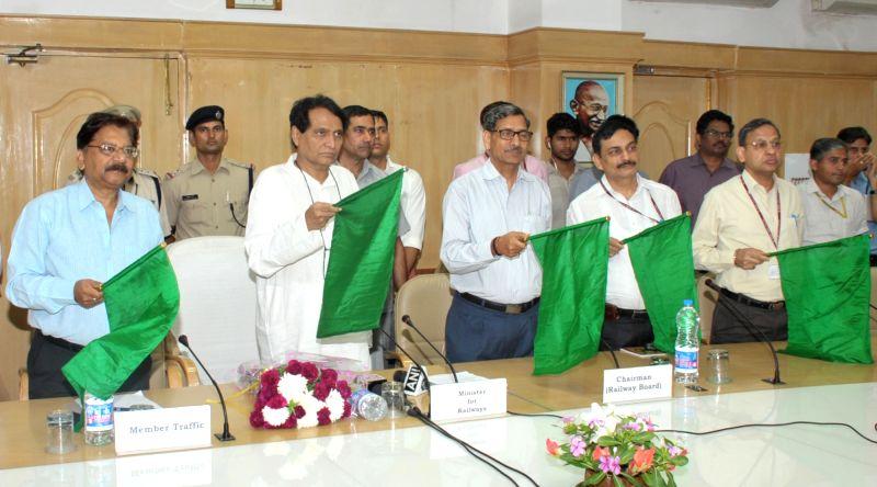Union Railways Minister Suresh Prabhakar Prabhu flags off Hubballi - Varanasi - Hubballi Express (Weekly), through video conferencing from Rail Bhavan, in New Delhi on May 23, 2017. - Suresh Prabhakar Prabhu