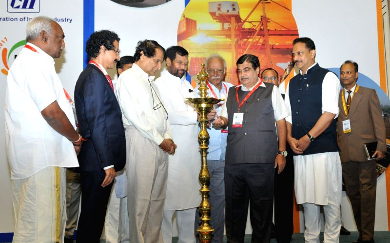Union Transport Minister Nitin Gadkari inaugurates India Integrated Transport and Logistics(IITL) Summit 2017, in New Delhi on May 4, 2017. Also seen Union Railways Minister Suresh Prabhu, ... - Nitin Gadkari and Suresh Prabhu