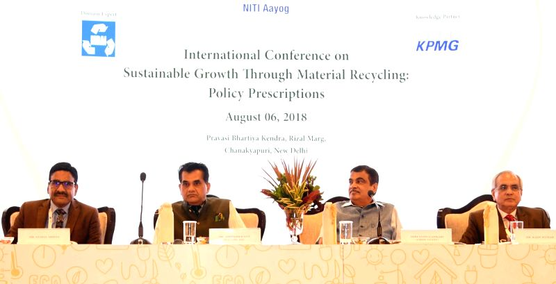 "Union Transport Minister Nitin Gadkari with NITI Aayog Vice Chairman Rajiv Kumar and CEO Amitabh Kant at the inaugural session of the ""International Conference on Sustainable Growth ... - Nitin Gadkari and Rajiv Kumar"