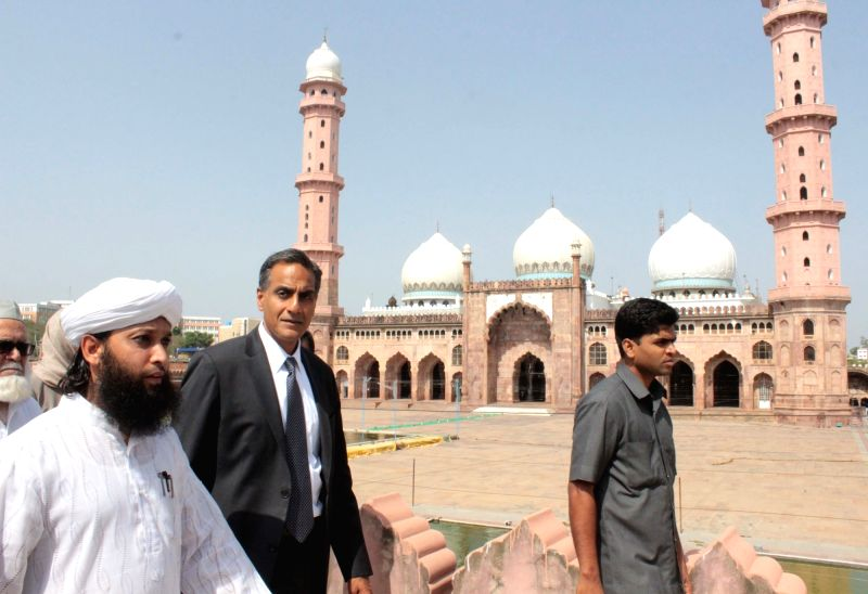US Ambassador to India Richard Rahul Verma visits Taj-ul-Masajid of Bhopal on May 25, 2016. This is the largest mosque in India, construction of which was initiated by Nawab Shah Jahan Begum ... - Richard Rahul Verma and Shah Jahan Begum
