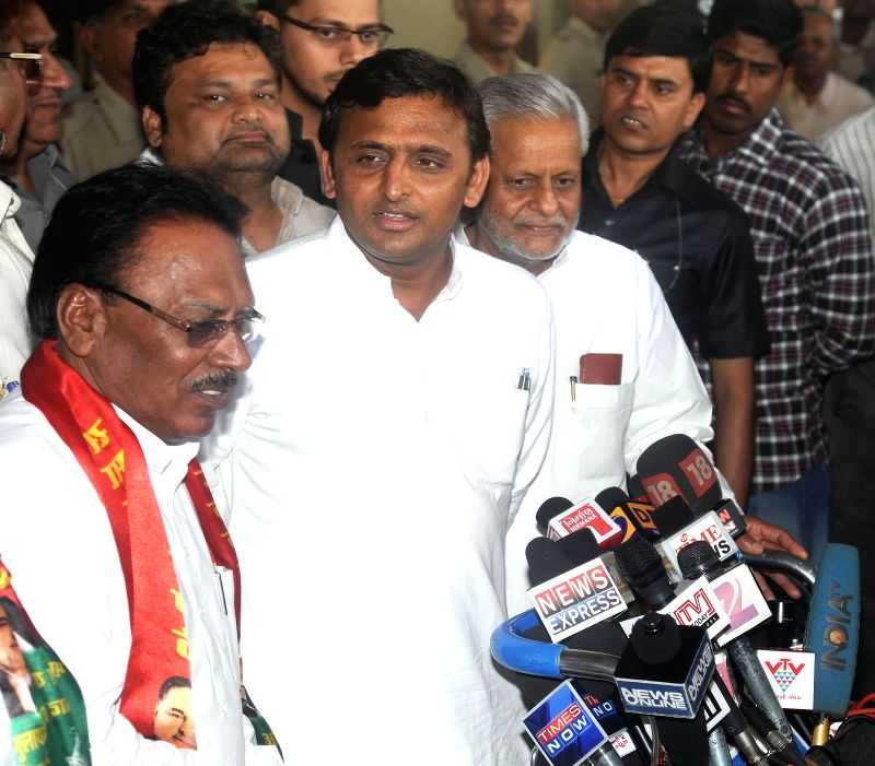 Uttar Pradesh Chief Minister and Samajwadi Party leader Akhilesh Yadav during a press conference at Ahmedabad Airport in Ahmedabad on April 21, 2014.