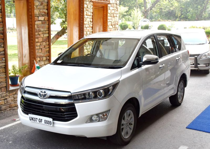 Uttarakhand Chief Minister Trivendra Singh Rawat removes beacon from his car in Dehradun, on April 20, 2017. In an effort to do away with VIP culture in India, the government on Wednesday ... - Trivendra Singh Rawat