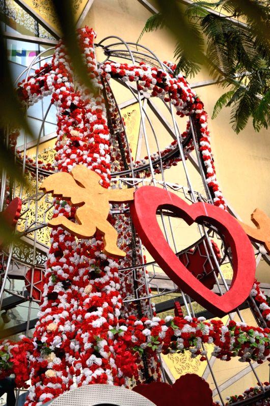 Valentine's Day preparation underway in Kolkata on Feb 13, 2018.