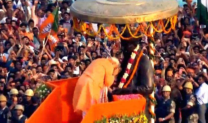 Prime Minister Narendra Modi pays tributes to Pandit Madan Mohan Malaviya at Banaras Hindu University in Varanasi