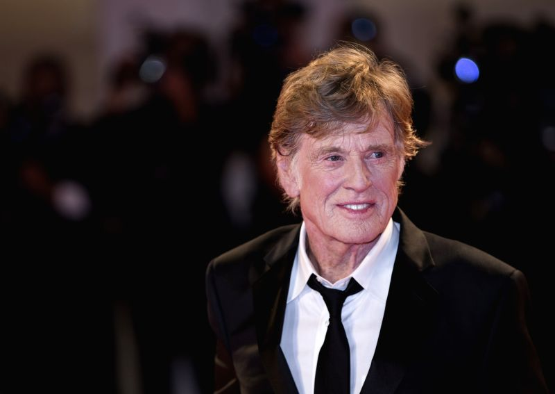ITALY-VENICE-FILM FESTIVAL-GOLDEN LIONS FOR LIFETIME ACHIEVEMENT-JANE FONDA-ROBERT REDFORD - Robert Redford