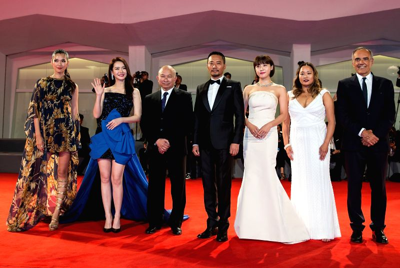 VENICE, Sept. 9, 2017 - Actress Okamoto Tao, Qi Wei, director John Woo, actor Zhang Hanyu, actress Ha Ji-Won, Angeles Woo and director of the Venice Film Festival Alberto Barbera (L-R) attend the red ... - Okamoto Tao