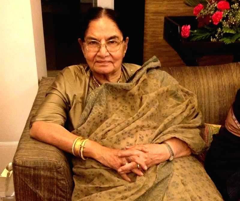 Veteran actress Shaukat Azmi, wife of renowned Late Urdu poet and lyricist Kaifi Azmi and mother of actress Shabana Azmi, passed away on Friday. Her last rites will be performed in Mumbai on Saturday.