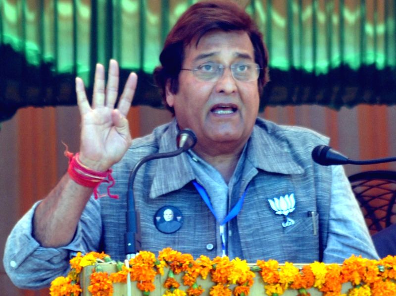 Veteran Bollywood actor Vinod Khanna, who died in a Mumbai hospital after a prolonged illness on April 27, 2017. (File Photo: IANS) - Vinod Khanna