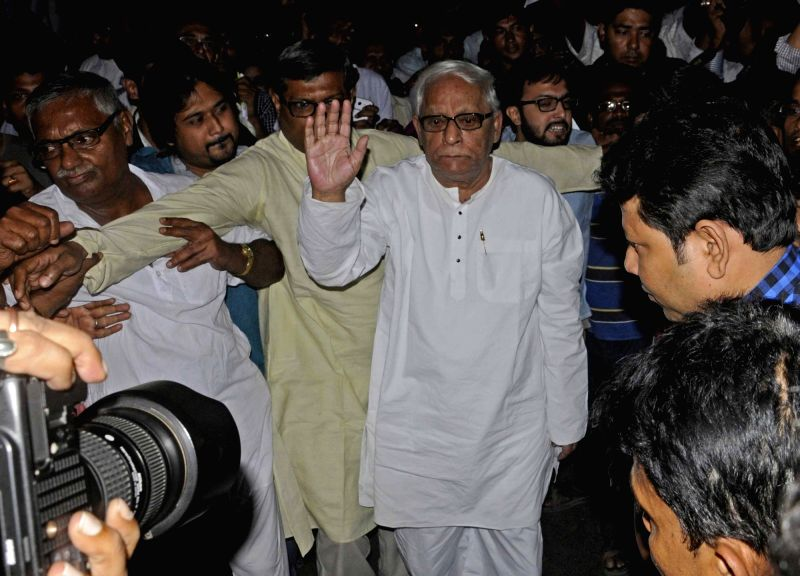 Veteran CPI-M leader Buddhadeb Bhattacharya and others participate in a rally against the central and the state government in Kolkata, on Nov 14, 2015.