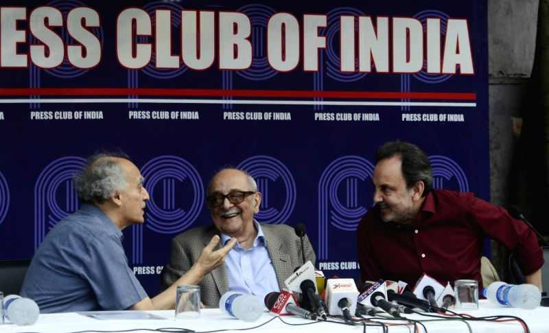 Veteran journalist and former union minister Arun Shourie, Fali Sam Nariman and  NDTV co-founder Prannoy Royduring a protest meet organised at the Press Club of India following CBI ... - Arun Shourie