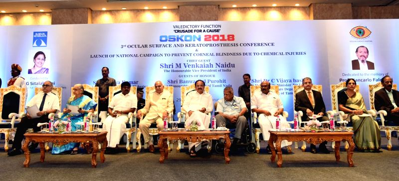 Vice President M. Venkaiah Naidu and Tamil Nadu Governor Banwarilal Purohit with other dignitaries at the OSKON 2018 (Ocular Surface and Keratoprosthesis Conference), in Chennai on July 29, ... - M. Venkaiah Naidu
