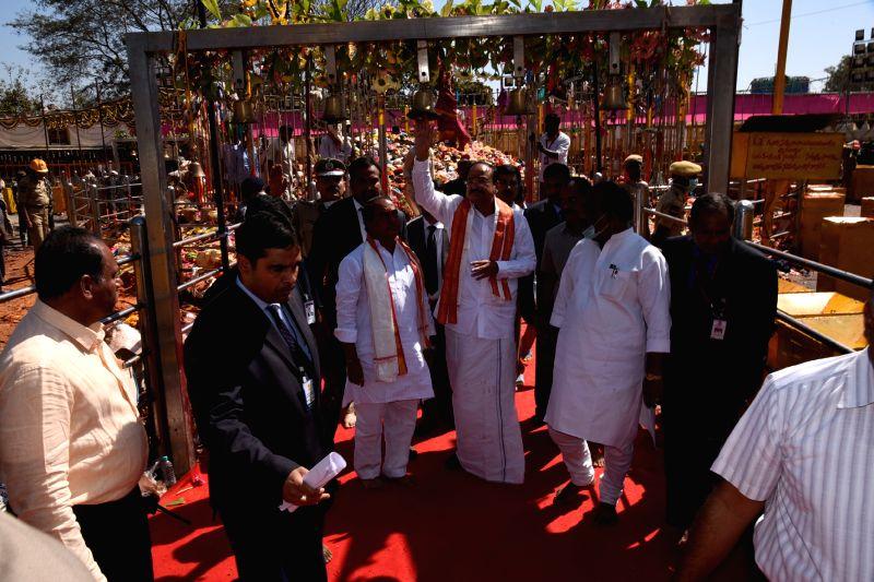 Vice President M Venkaiah Naidu at the Sammakka Saralamma festival in Medaram village, Telangana on Feb 2, 2018. - M Venkaiah Naidu