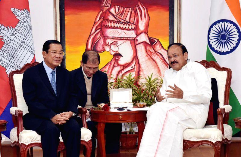 Vice President M Venkaiah Naidu interacts with the Cambodian Prime Minister Samdech Akka Moha Sena Padei Techo Hun Sen in New Delhi on Jan 27, 2018. - Samdech Akka Moha Sena Padei Techo Hun Sen and M Venkaiah Naidu