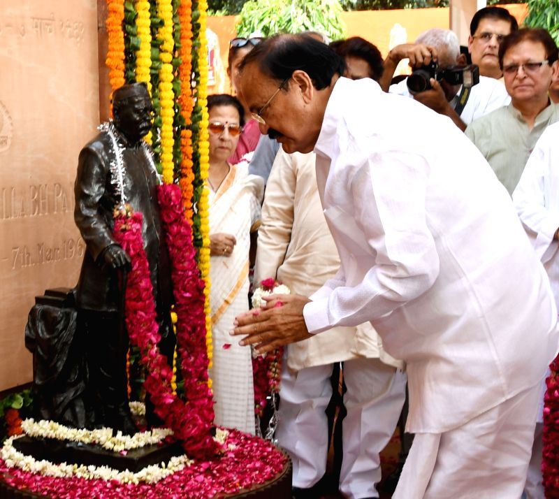 Vice President M. Venkaiah Naidu pays homage at the statue of freedom fighter Govind Ballabh Pant on his 130th birth anniversary in New Delhi on Sept 10, 2017. - M. Venkaiah Naidu