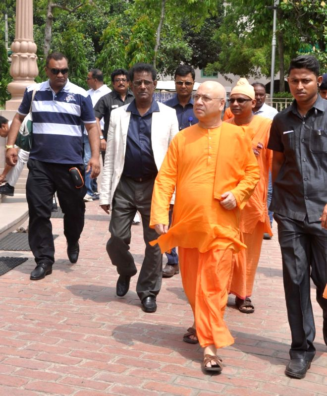 Vice President of the Republic of Mauritius Paramasivum Pillay Vyapoory visits Belur Math in Howrah of West Bengal on April 20, 2017.