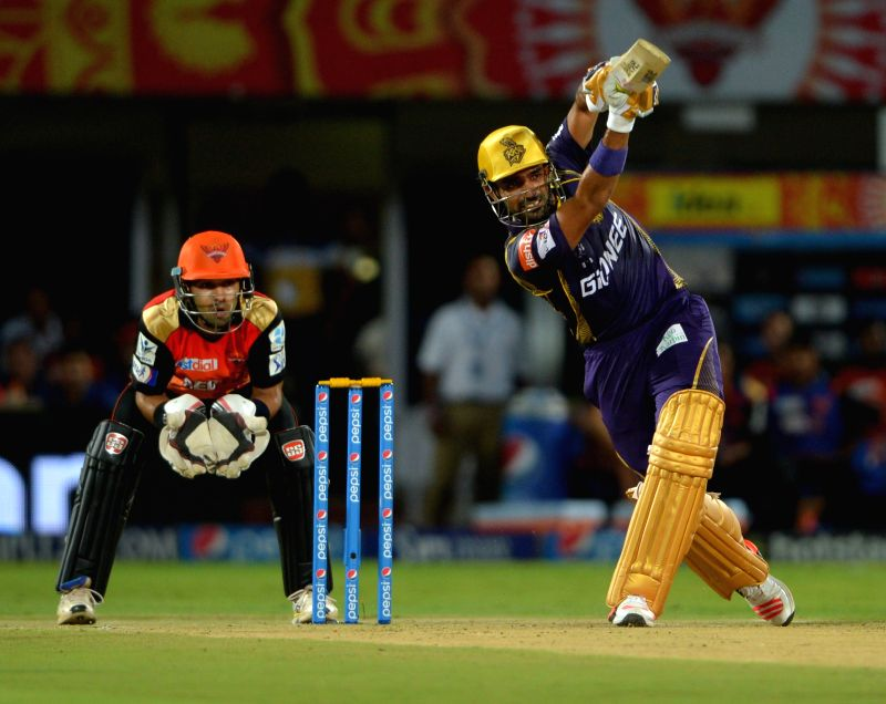 Kolkata Knight Riders batsman Robin Uthappa in action during an IPL-2015 match between Sunrisers Hyderabad and Kolkata Knight Riders at Dr. Y.S. Rajasekhara Reddy ACA-VDCA Cricket ... - Robin Uthappa