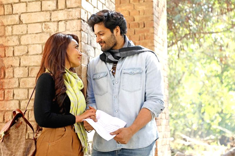 Vishal Mishra sings about past love experience with Ali Fazal, Surbhi in music video