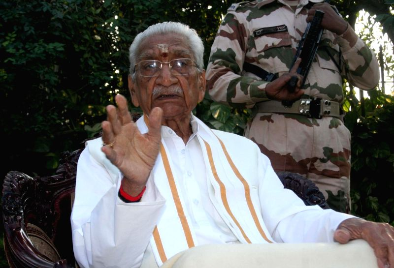 Vishwa Hindu Parishad (VHP) leader Ashok Singhal breathed his last in a Gurgaon hospital at 2.20 pm on Nov 17, 2015. (File Photo: IANS)
