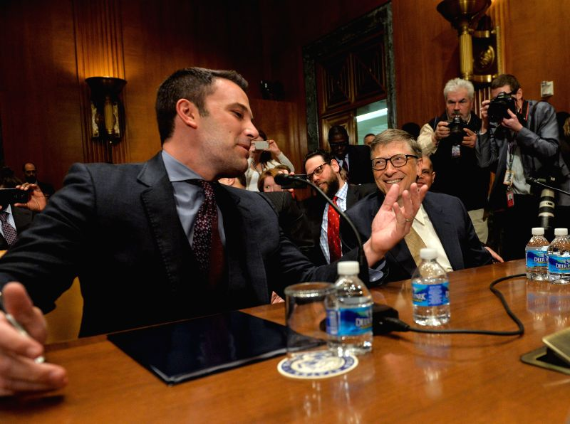 Actor, filmmaker and founder of Eastern Congo Initiative Ben Affleck (L) talks with Bill & Melinda Gates Foundation Co-Chair Bill Gates before a ...