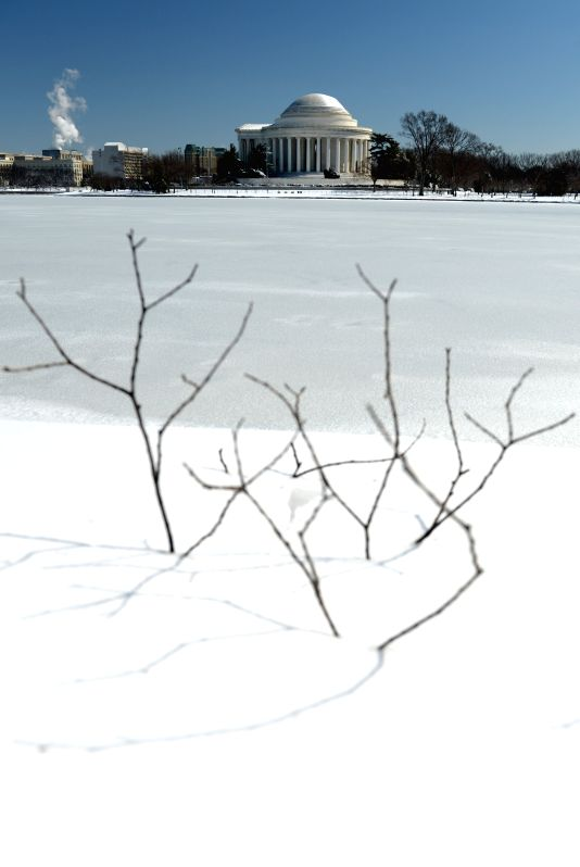 The Jefferson Memorial is seen after snowfall in Washington D.C., the United States, on March. 6, 2015.