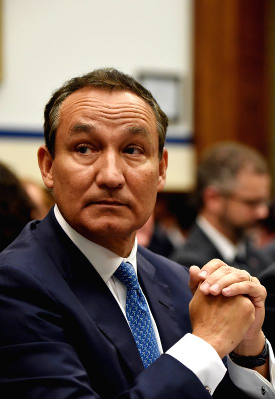 WASHINGTON, May 2, 2017 - United CEO Oscar Munoz prepares to testify before the House Transportation and Infrastructure Committee on customer service policies on Capitol Hill in Washington D.C., the ...