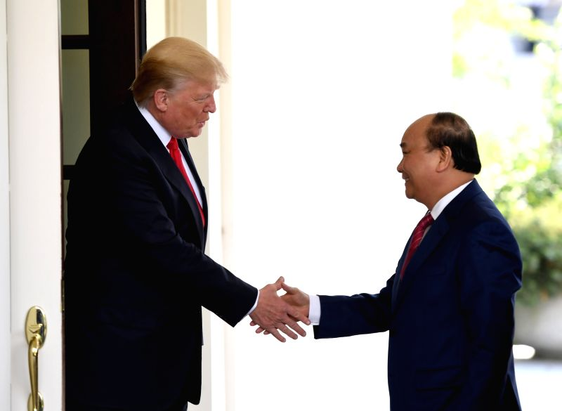 WASHINGTON, May 31, 2017 - U.S. President Donald Trump (L) welcomes Vietnamese Prime Minister Nguyen Xuan Phuc at the White House in Washington D.C., the United States, on May 31, 2017. - Nguyen Xuan Phuc