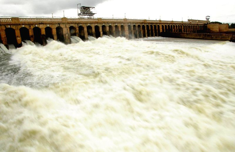 Water level at Krishnaraja Sagar dam built on Kaveri River in Mandya district of Karnataka crosses 124ft-mark on Aug 7, 2014.