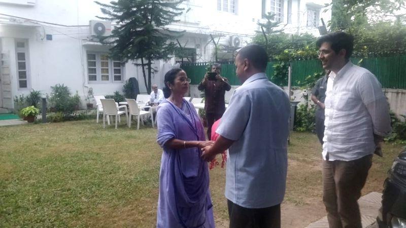 West Bengal Chief Minister Mamata Banerjee and Delhi Chief Minister Arvind Kejriwal during a meeting in New Delhi on Aug 1, 2018. - Mamata Banerjee and Arvind Kejriwal