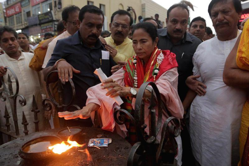 West Bengal Chief Minister Mamata Banerjee  visits Jagannath temple in Puri on April 19, 2017. - Mamata Banerjee