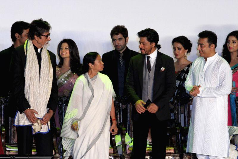 Inauguration of 19th Kolkata International Film Festival - Mamata Banerjee, Amitabh Bachchan, Shahrukh Khan, Kamal Haasan Raima Sen, Jeet and Koel Mallick