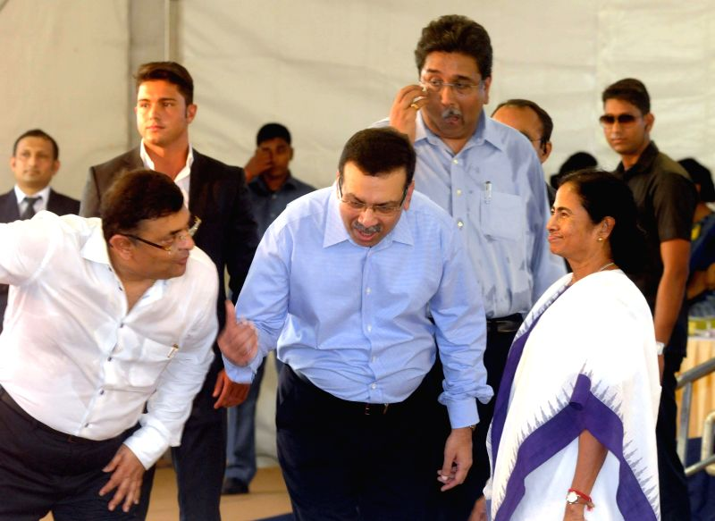 West Bengal Chief Minister Mamata Banerjee with Industrialist Sanjeev Goenka during a programme organised to  unveil the logo and jersey of India's first franchise-based professional football team ... - Mamata Banerjee and Sanjeev Goenka
