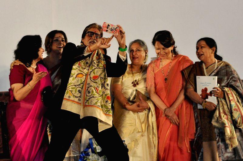 West Bengal Chief Minister Mamata Banerjee with actors Amitabh Bachchan, Jaya Bachchan, Vidya Balan, Sharmila Tagore, Moushumi Chatterjee during the inauguration of the 21st Kolkata ... - Mamata Banerjee, Amitabh Bachchan, Jaya Bachchan, Vidya Balan, Sharmila Tagore and Moushumi Chatterjee
